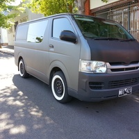 VEHICLE 9 - Toyota Hiace 5